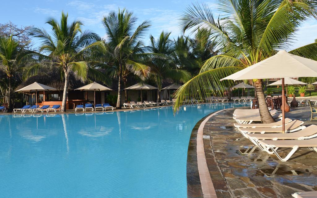Baobab Beach resort5